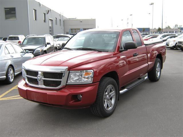 2008 Dodge Dakota SLT Ext Cab 4WD in Ottawa, Ontario