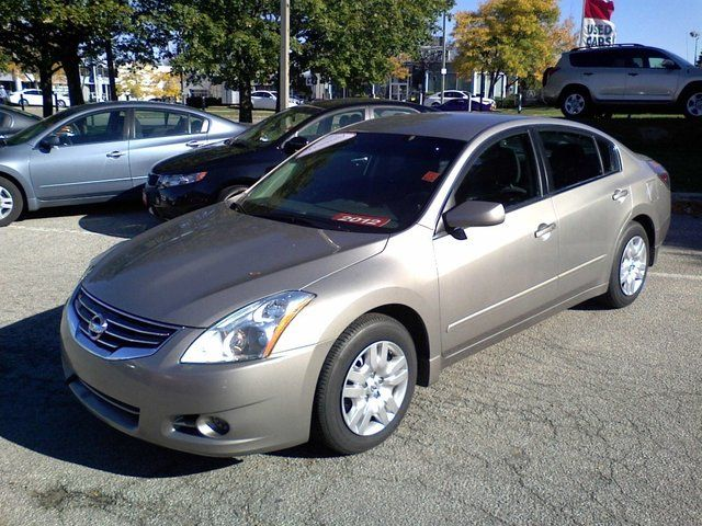 2012 nissan altima 2 5 s mississauga ontario used car for sale. Black Bedroom Furniture Sets. Home Design Ideas
