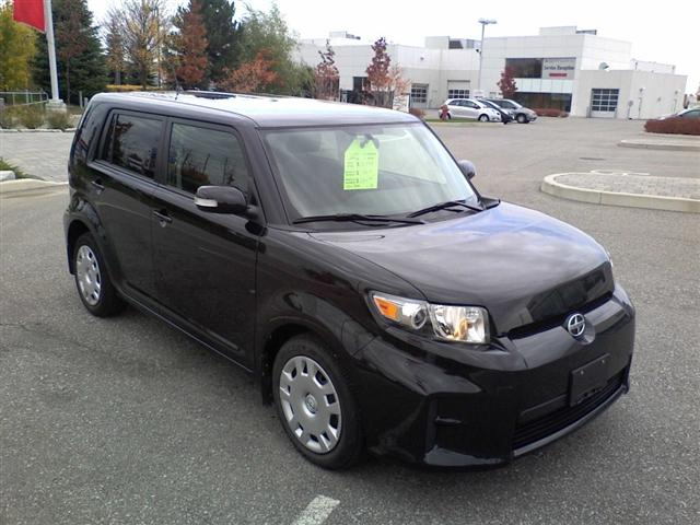 2011 Scion xB Sport Wagon in Mississauga, Ontario