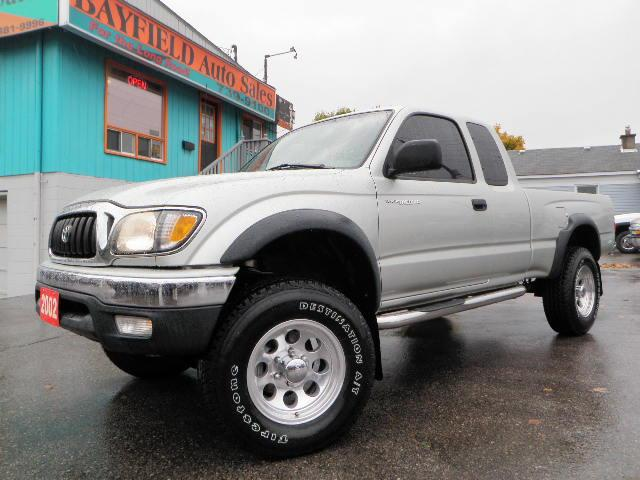 2002 toyota tacoma trd supercharged xtra cab 4x4 barrie ontario used car for sale. Black Bedroom Furniture Sets. Home Design Ideas