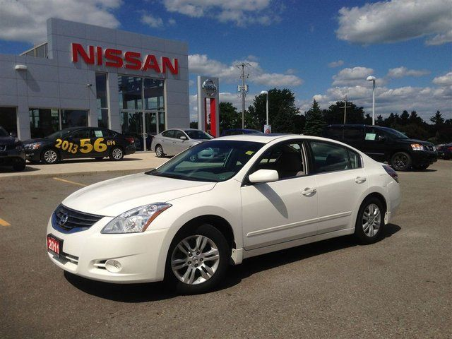 2011 nissan altima 2 5 s sedan almost new orangeville ontario used car for sale. Black Bedroom Furniture Sets. Home Design Ideas