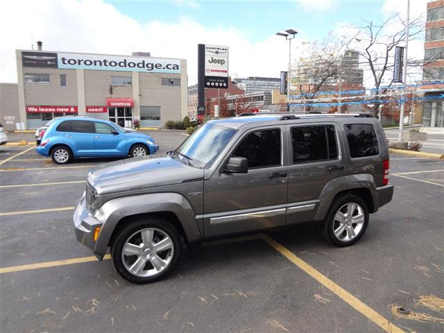 2012 jeep liberty jet edition toronto ontario used car for sale. Black Bedroom Furniture Sets. Home Design Ideas