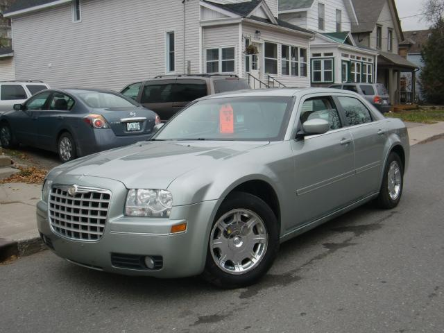 2005 chrysler 300 300 ottawa ontario used car for sale. Black Bedroom Furniture Sets. Home Design Ideas