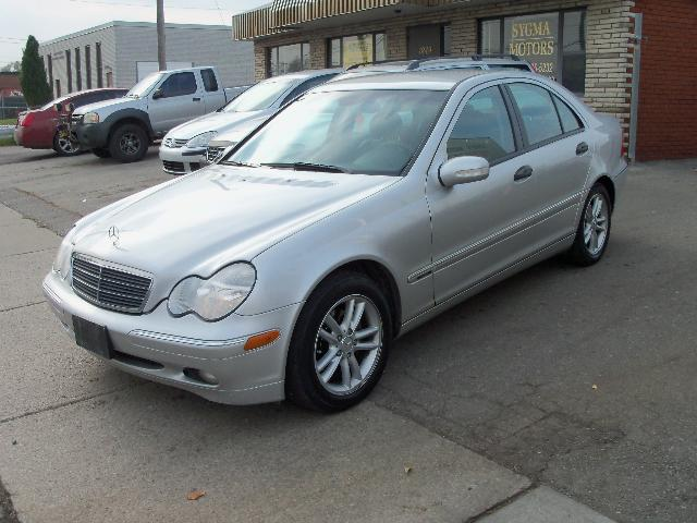 2004 Mercedes-Benz C-Class Kompressor Sport 1.8L in Mississauga, Ontario