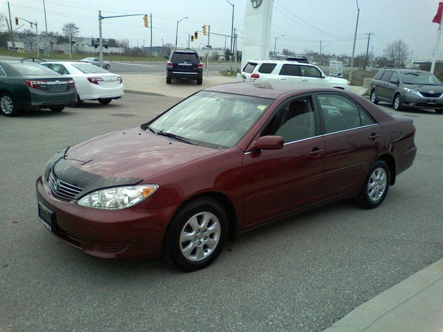 2006 toyota camry le sedan ancaster ontario used car for sale. Black Bedroom Furniture Sets. Home Design Ideas