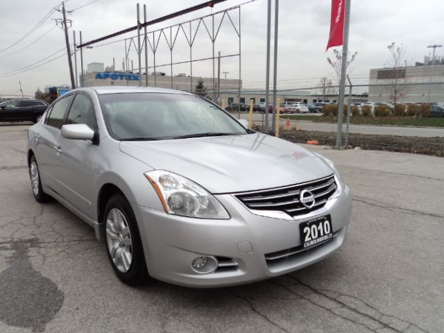 2010 nissan altima 2 5 s one owner 2 years warranty toronto ontario used car for sale. Black Bedroom Furniture Sets. Home Design Ideas