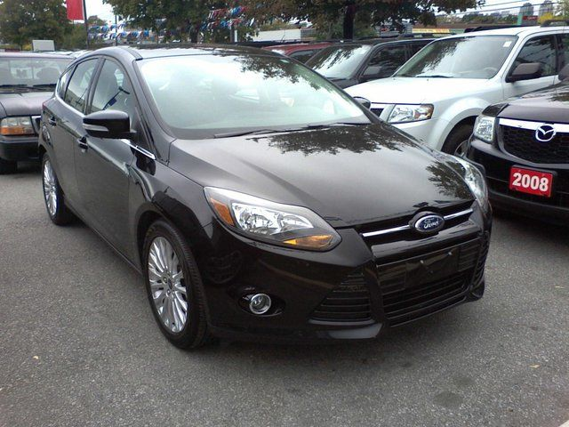2012 Ford Focus Titanium Hatchback in Mississauga, Ontario