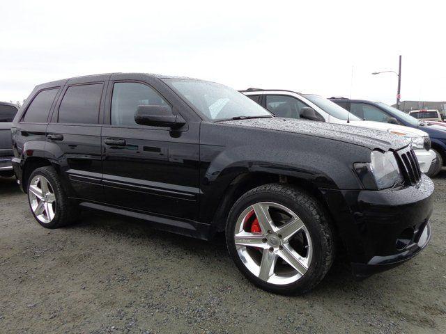 2009 jeep grand cherokee srt8 yellowknife northwest territories used car for sale 1066710. Black Bedroom Furniture Sets. Home Design Ideas