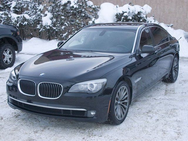 2009 BMW 750