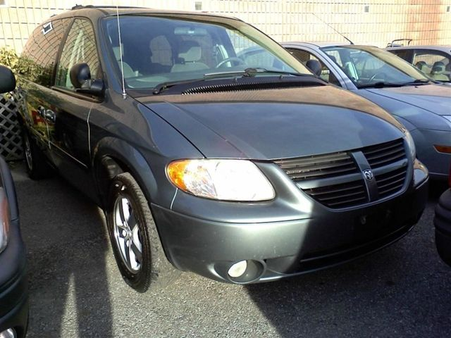 2005 dodge grand caravan sxt minivan scarborough. Black Bedroom Furniture Sets. Home Design Ideas