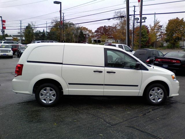 2012 dodge grand caravan ram c v cancelled fleet order in oakville. Cars Review. Best American Auto & Cars Review