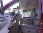 2009 Chrysler Town and Country Touring Minivan in Mississauga, Ontario image 24