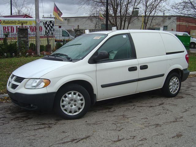 2005 Dodge Caravan C/V