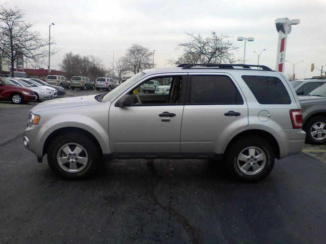 2012 ford escape xlt sale pending not a rental leather moon in. Cars Review. Best American Auto & Cars Review