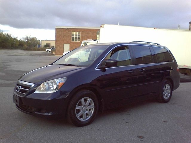 2007 Honda Odyssey EX-L, LEATHER, SUNROOF, DVD in Mississauga, Ontario