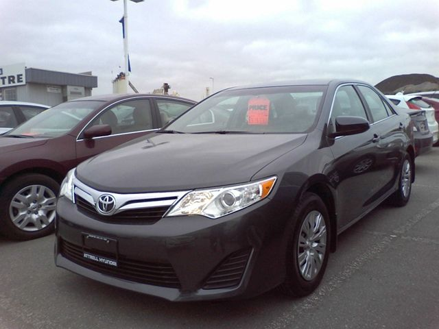 new and used toyota camry cars for sale in brampton ontario. Black Bedroom Furniture Sets. Home Design Ideas