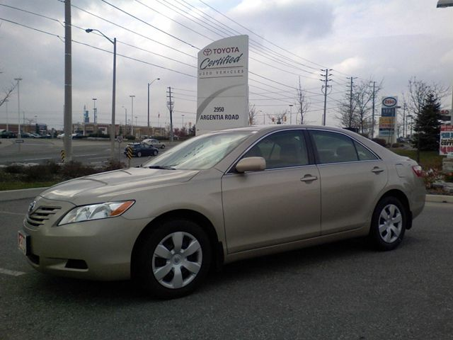 2009 toyota camry le sedan mississauga ontario used car. Black Bedroom Furniture Sets. Home Design Ideas
