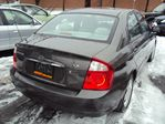 2005 Kia Spectra LX REMOTE STARTER SAFETY AND ETESTED FINANCING AVAILABLE in Ottawa, Ontario image 4