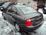 2005 Kia Spectra LX REMOTE STARTER SAFETY AND ETESTED FINANCING AVAILABLE in Ottawa, Ontario image 2