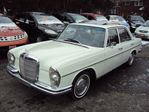 1967 Mercedes-Benz B-Class 250 SE COLLECTORS ITEM LIKE BRAND NEW RARE CAR  in Ottawa, Ontario