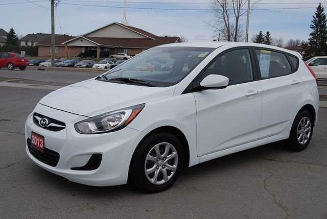 2013 Hyundai Accent GL in Ottawa, Ontario