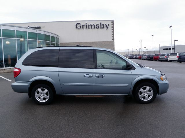 2006 dodge grand caravan sxt with leather grimsby ontario used car. Cars Review. Best American Auto & Cars Review
