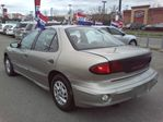 2002 Pontiac Sunfire SE Sedan in Mississauga, Ontario image 10