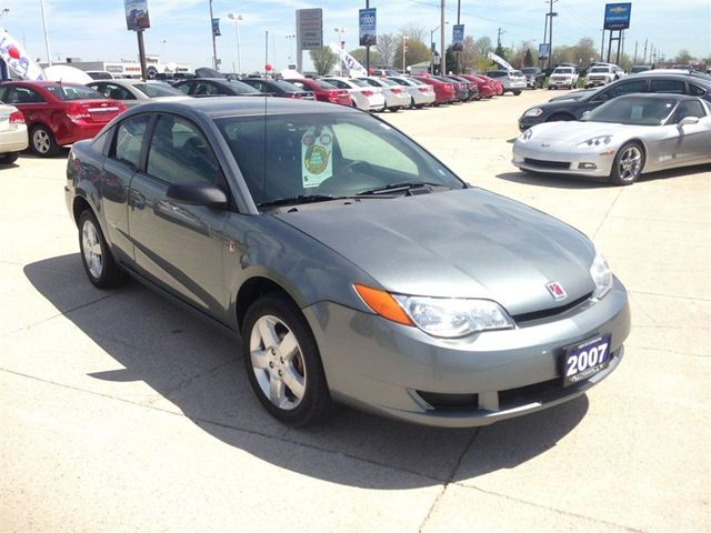 2007 saturn ion 5 speed cruise cloth great shape tilbury ontario used car for sale. Black Bedroom Furniture Sets. Home Design Ideas