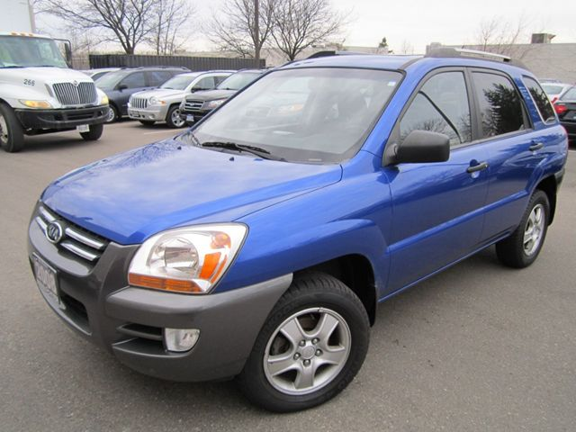 2008 Kia Sportage AUTO-SUNROOF-NO ACCIDENTS-MINT in Mississauga, Ontario