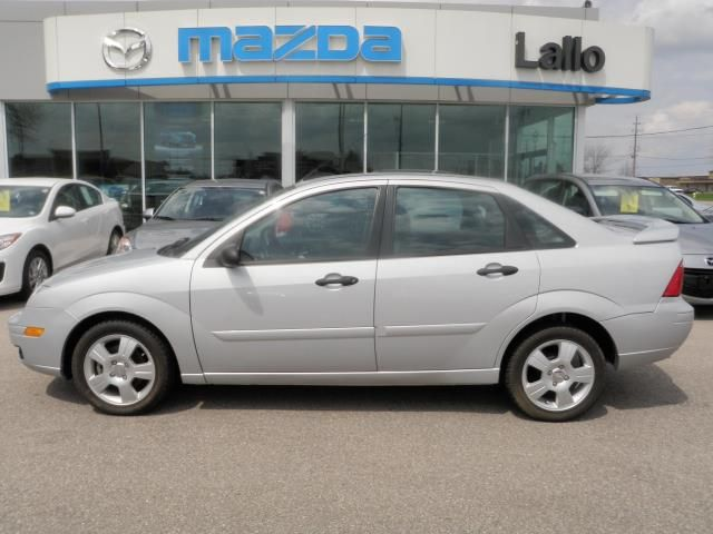 2007 ford focus ses brantford ontario used car for sale. Black Bedroom Furniture Sets. Home Design Ideas