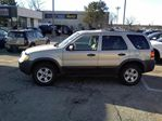 2005 Ford Escape XLT V6 4WD in Mississauga, Ontario image 13