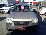 2005 Ford Escape XLT V6 4WD in Mississauga, Ontario image 3