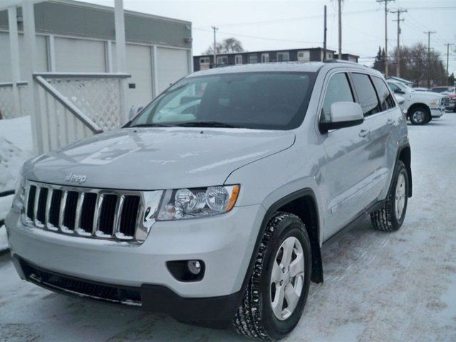 2012 jeep grand cherokee laredo saskatoon saskatchewan. Black Bedroom Furniture Sets. Home Design Ideas
