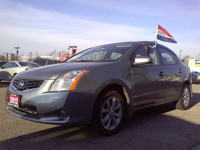 2012 Nissan Sentra S in Mississauga, Ontario