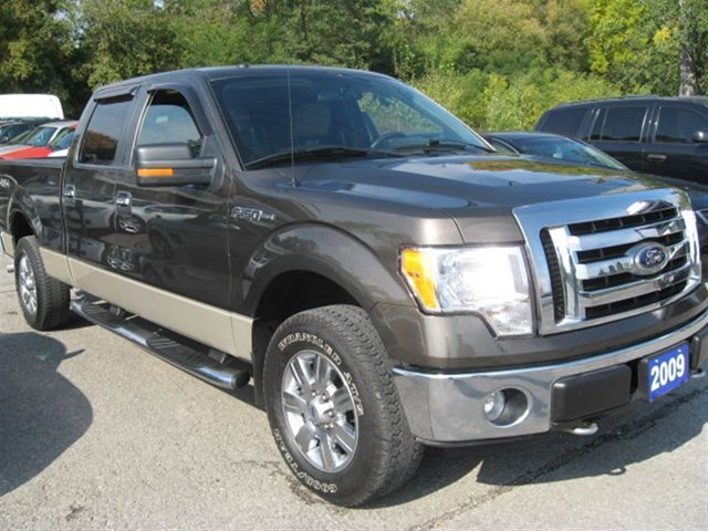 2009 ford f 150 xlt crew cab 4x4 richmond hill ontario. Black Bedroom Furniture Sets. Home Design Ideas
