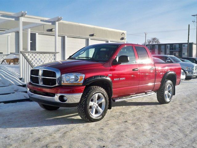 2006 dodge ram 1500 slt trx4 off road sport saskatoon saskatchewan. Black Bedroom Furniture Sets. Home Design Ideas