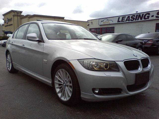 2010 bmw 3 series 328i xdrive oakville ontario used car. Black Bedroom Furniture Sets. Home Design Ideas