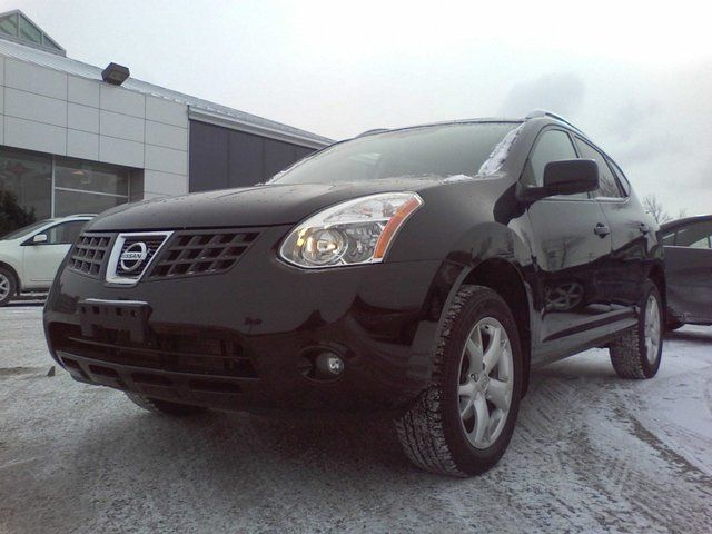 2009 Nissan Rogue - in Mississauga, Ontario
