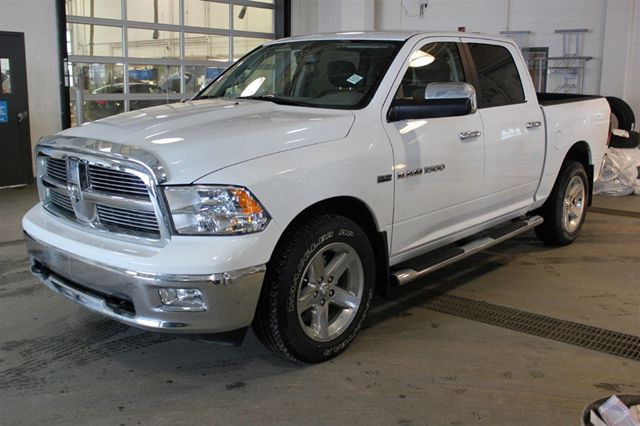 2012 dodge ram 1500 slt crew cab 4x4 5 7l v8 hemi 5 6 ft box in. Black Bedroom Furniture Sets. Home Design Ideas