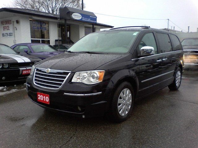 2010 Chrysler Town and Country Limited Minivan in Mississauga, Ontario