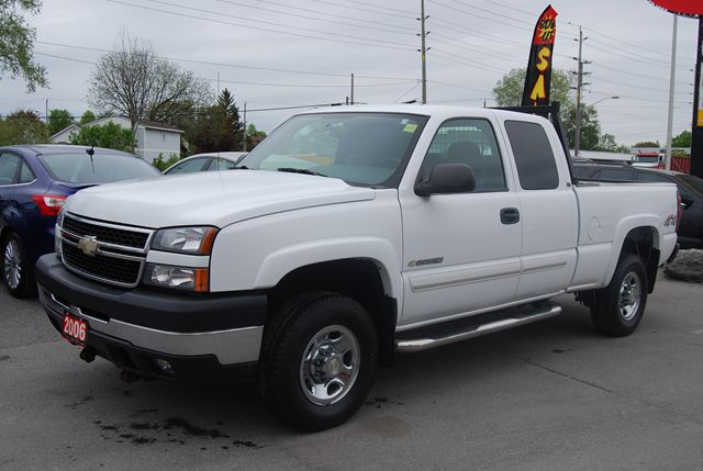 2006 chevrolet silverado 2500 lt ottawa ontario used car for sale. Cars Review. Best American Auto & Cars Review