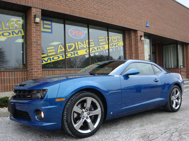 2010 chevrolet camaro 2ss rs package loaded low km. Black Bedroom Furniture Sets. Home Design Ideas