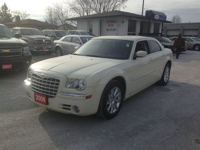 2008 Chrysler 300 Limited in Mississauga, Ontario