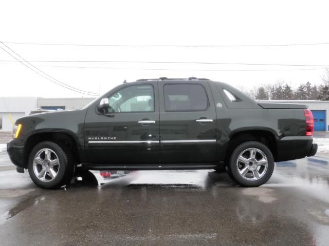 2013 chevy avalanche. Cars Review. Best American Auto & Cars Review