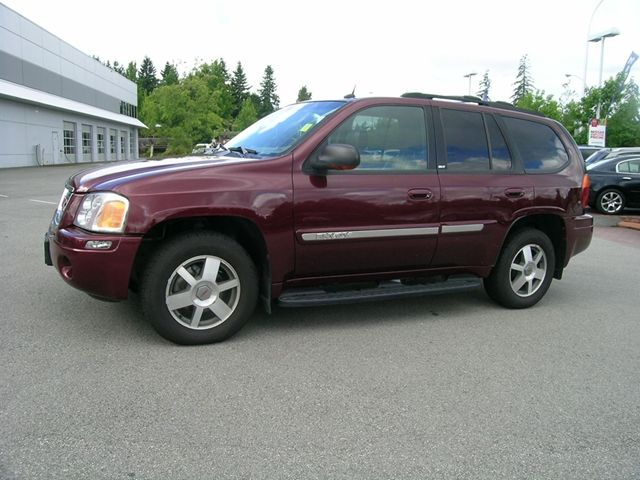 2004 gmc envoy awd surrey british columbia used car for. Black Bedroom Furniture Sets. Home Design Ideas