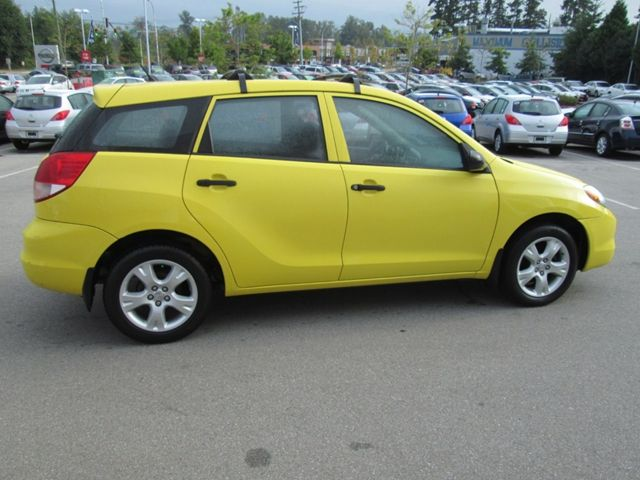 2004 toyota matrix surrey british columbia used car for sale. Black Bedroom Furniture Sets. Home Design Ideas