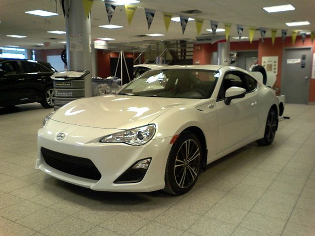 2013 scion fr s coupe 2d scarborough ontario used car for sale. Black Bedroom Furniture Sets. Home Design Ideas