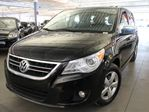 2010 Volkswagen Routan Execline in Laval, Quebec