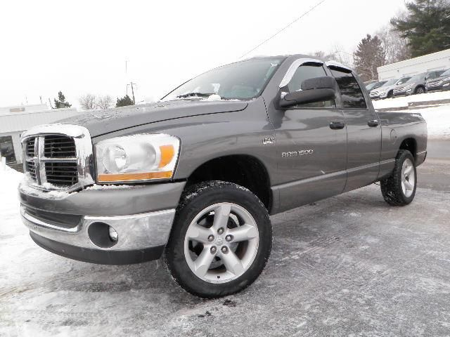 2006 dodge ram 1500 slt as is huntsville ontario used car for. Black Bedroom Furniture Sets. Home Design Ideas