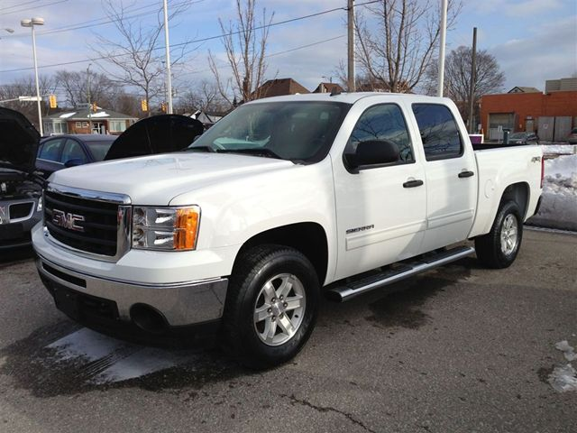 2011 gmc sierra 1500 sle oshawa ontario used car for sale. Black Bedroom Furniture Sets. Home Design Ideas